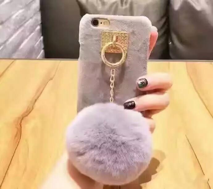 휴대폰케이스]털방울테슬 핸드폰케이스입니다