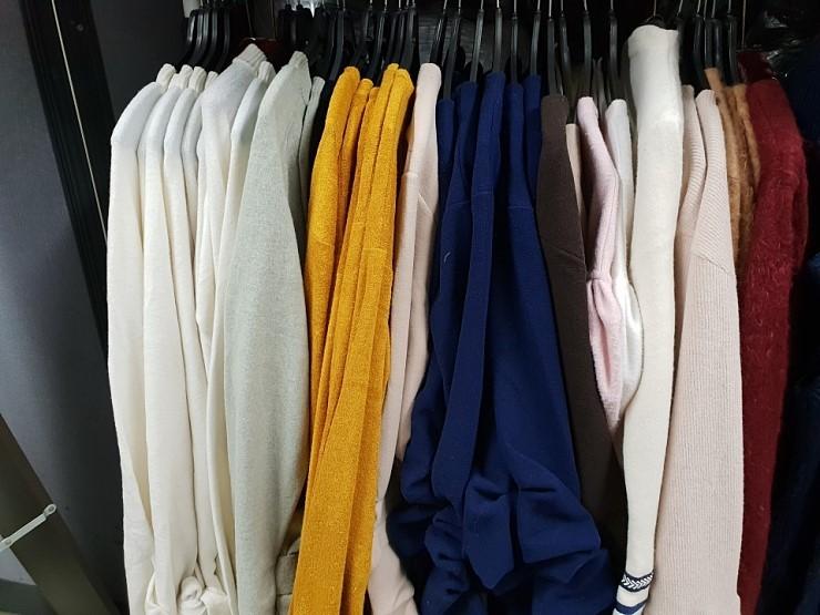 zz1170 간절기겨울 티셔츠 행거mix 1,500원