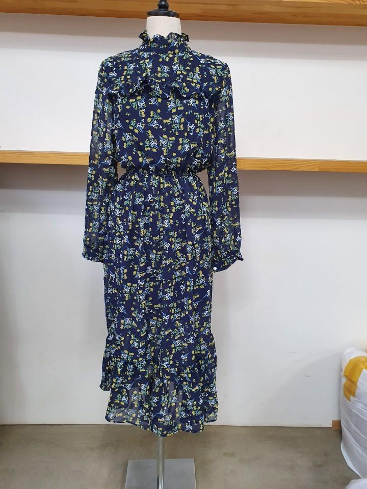 시폰꽃무늬원피스 20장 8000원에판매합니다.