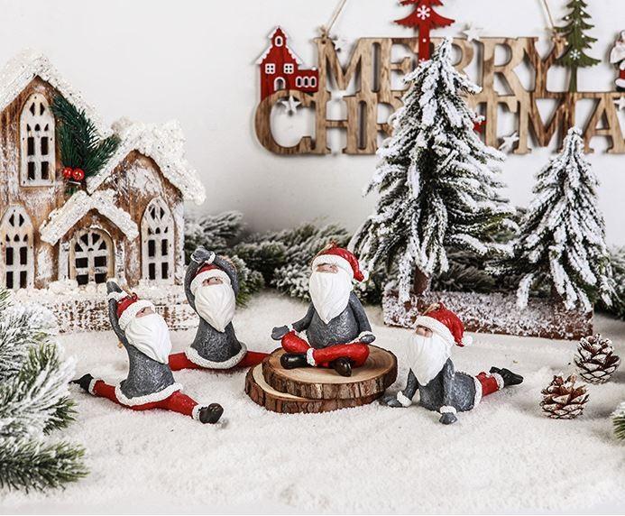 체조하는 산타 공예품