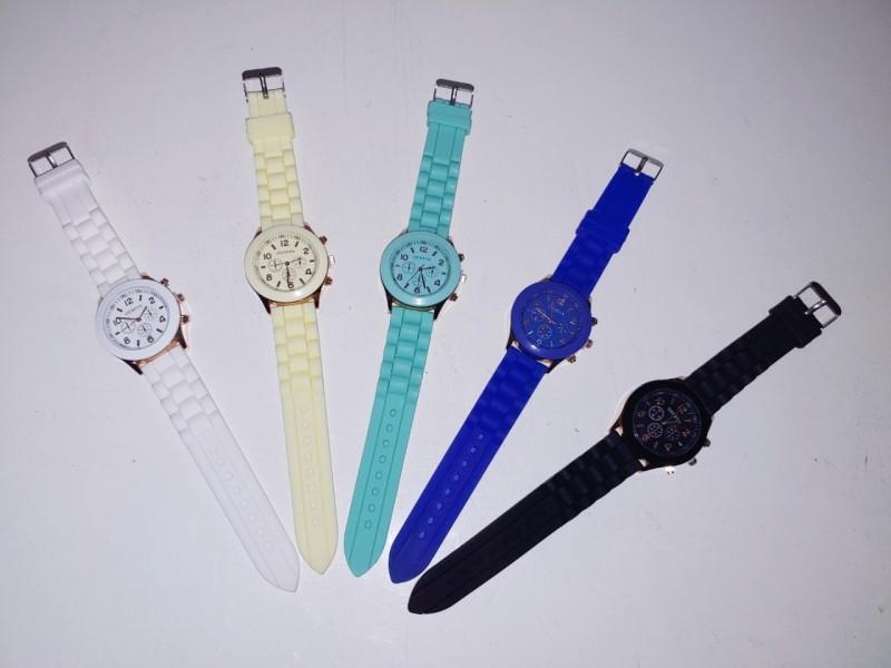 손목시계 2000원