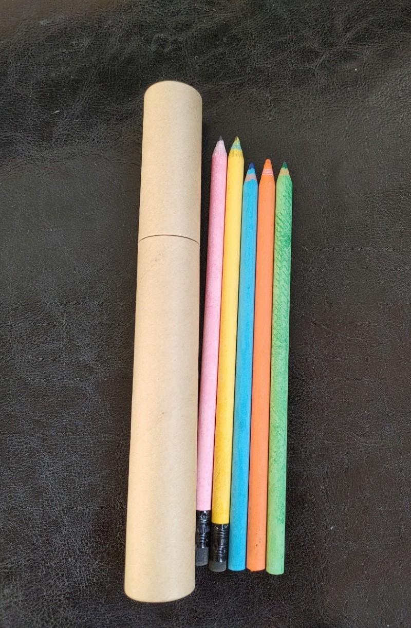 원통 연필과 색연필(5p)