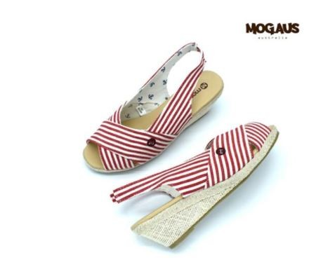 오스트리아 패션 브랜드 모그어스 샌들,슬립온 땡처리 합니다.