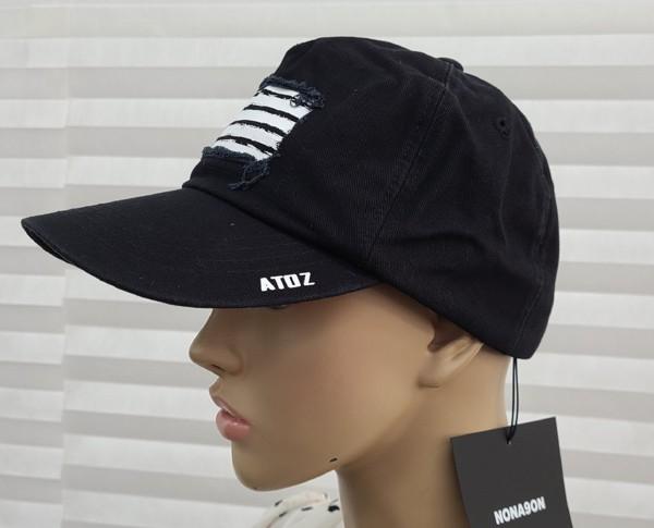 브랜드 모자입니다.//