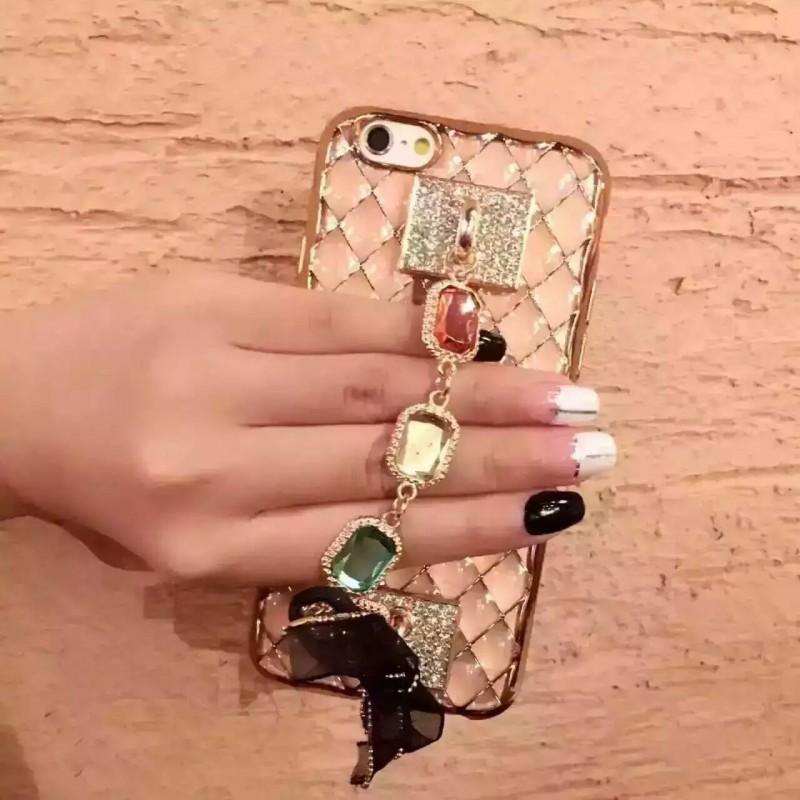 [휴대폰케이스]큐빅 핸드폰케이스입니다