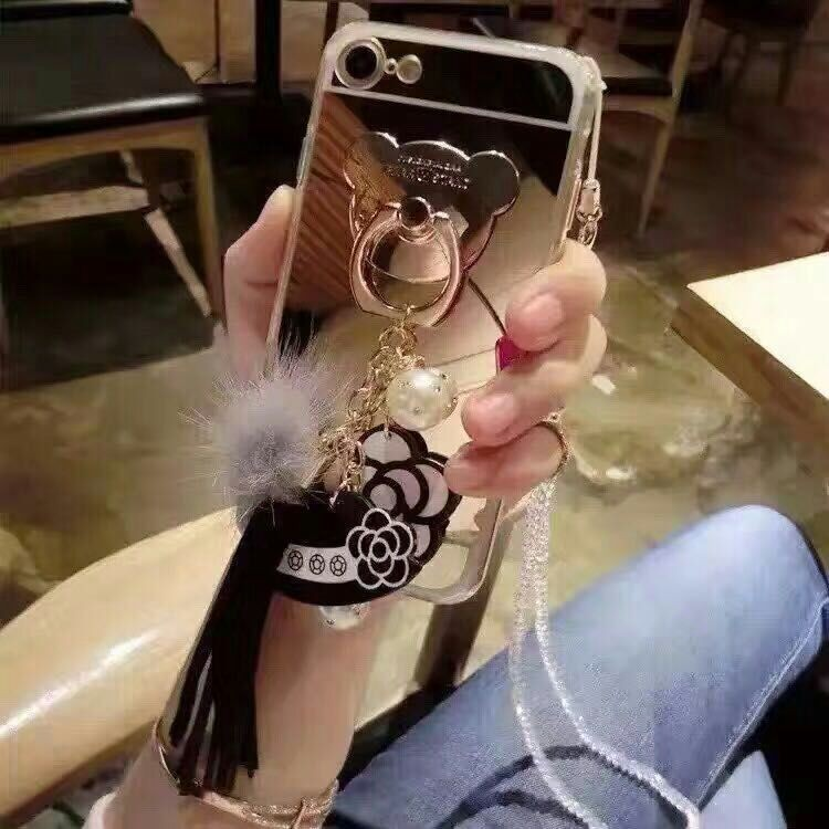[휴대폰케이스]럭셔리테슬달린 핸드폰케이스입니다