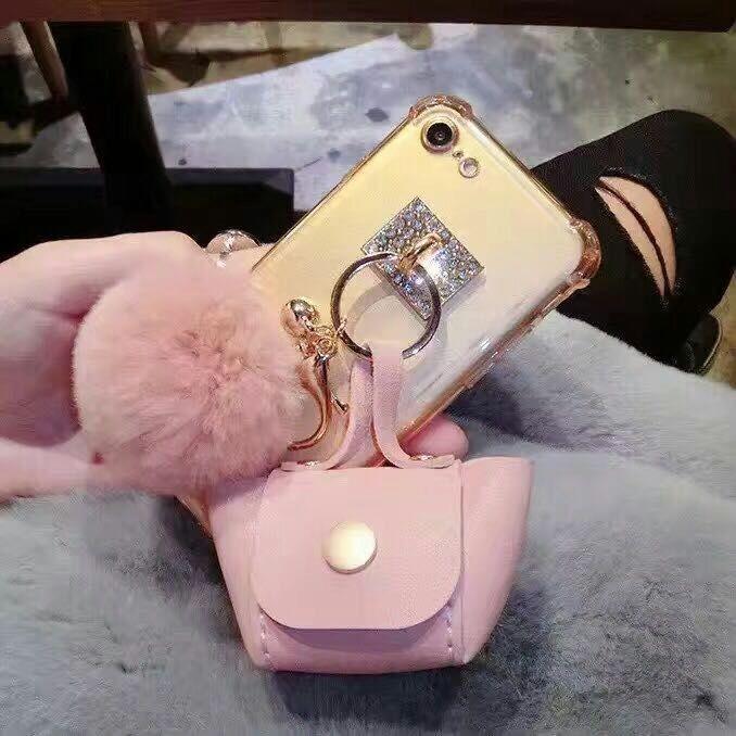 [휴대폰케이스]주머니털방울 핸드폰케이스입니다