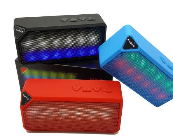 큐브형 LED 블루투스 스피커