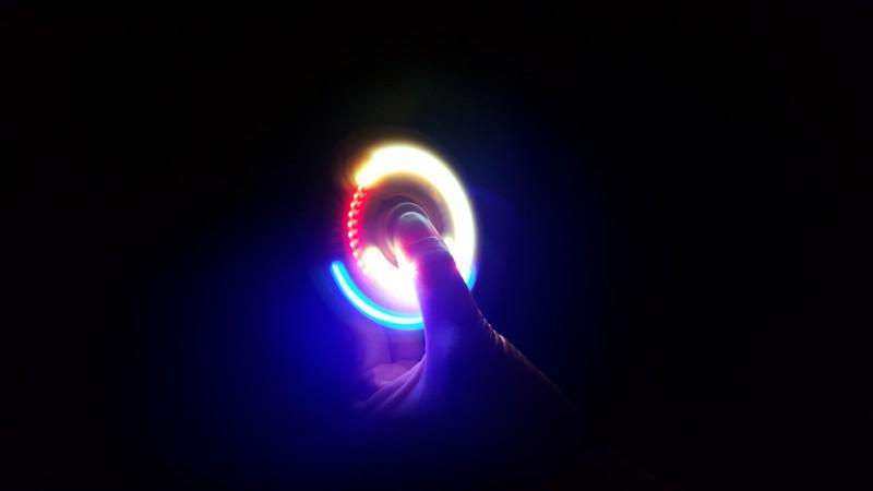 led 레인보우 스피너