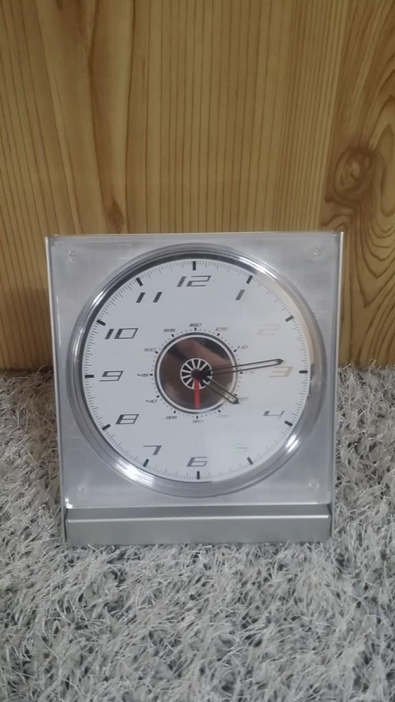 알미늄 탁상시계