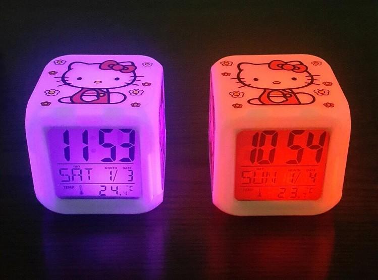 키티 led 탁상용 시계