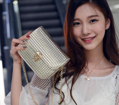 [여성용] 손가방입니다