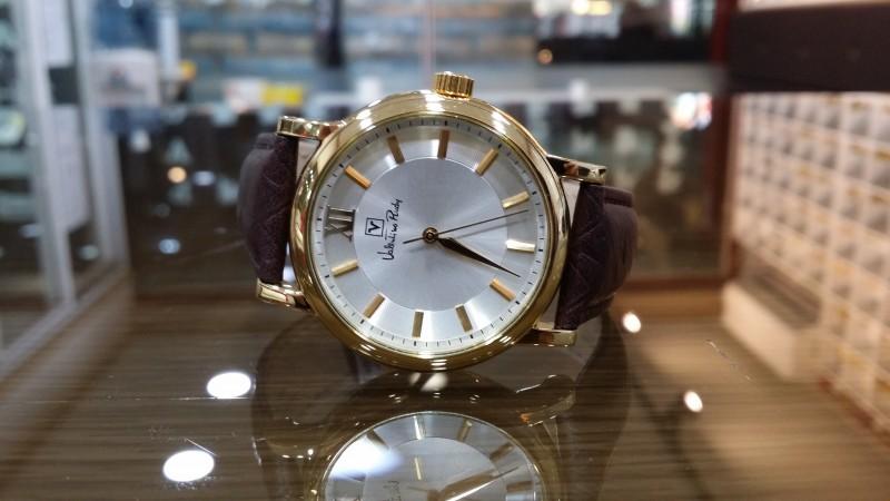발렌티노루디 남성 손목시계 vr1800