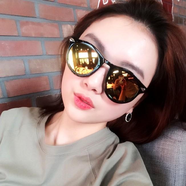 패셔너블한 선글라스 판매합니다~
