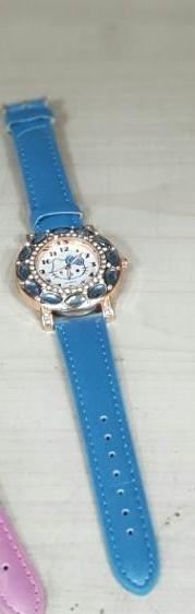 키보보석 손목시계