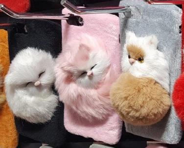 귀여운 고양이 및 동물인형 핸드폰케이스입니다