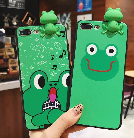 개구리어부바  휴대폰케이스입니다
