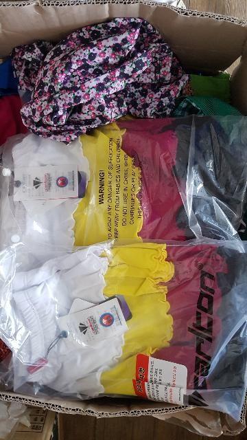 칼튼 골프웨어 티셔츠와 치마