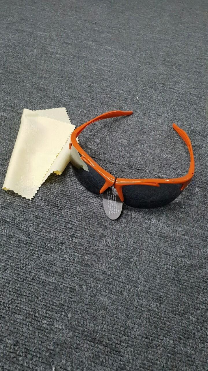 오렌지 스포츠 선그라스 세트  도매가  드립니다.