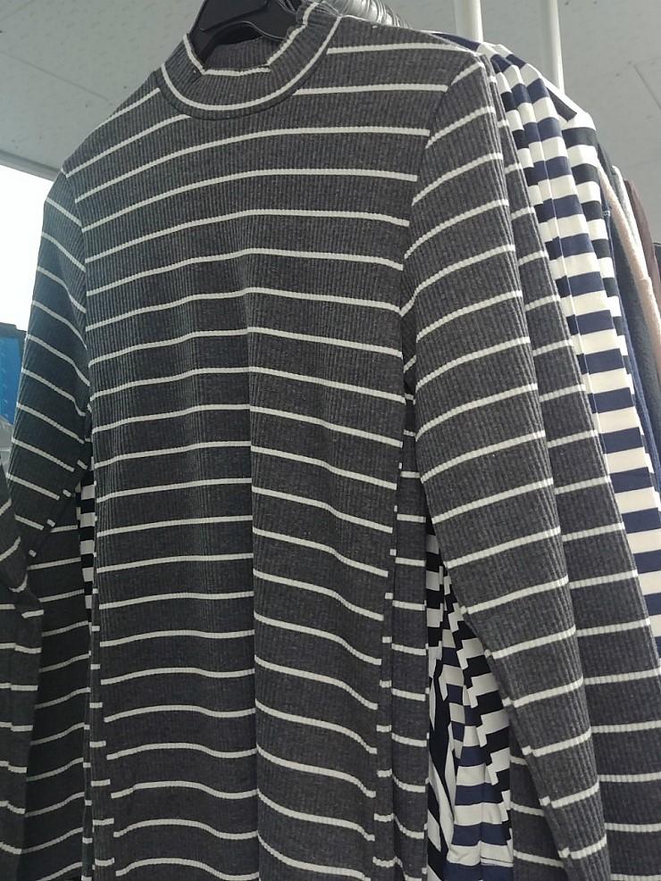 zz1249 간절기 행거 티셔츠mix 완사시 1,500원